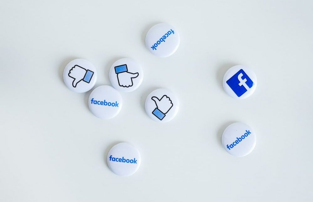 The operator of a website with a Facebook 'Like' button is a controller jointly with Facebook in respect of the collection and transmission to Facebook of the personal data of visitors to its website