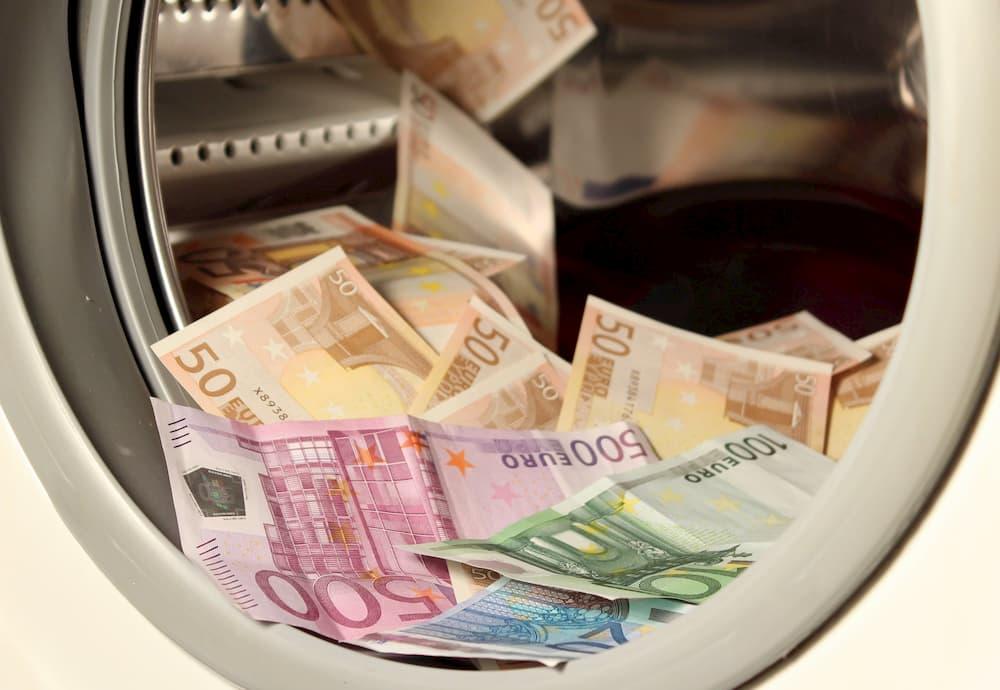Las empresas y ONG búlgaras deben  anunciar una persona de contacto ALD en el Registro Mercantil  y en el Registro de ONG