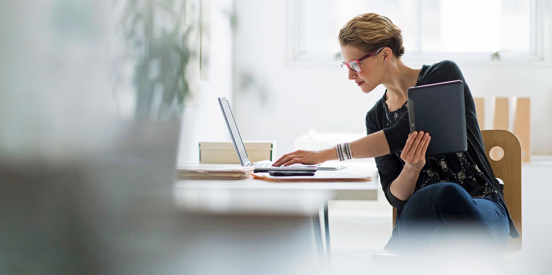 Нови електронни услуги от НОИ за осигурените лица